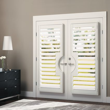 Hunter Douglas Heritance Hardwood Shutters - Window Coverings